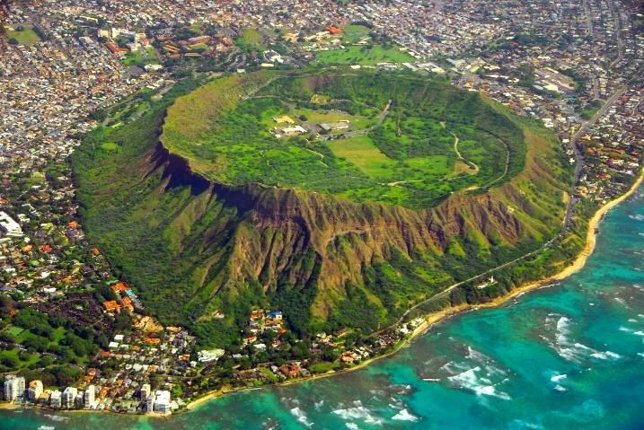 Diamond Head State Monument Oahu Hawaii Hawaii On A Map
